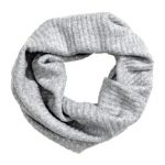 gray-scarf