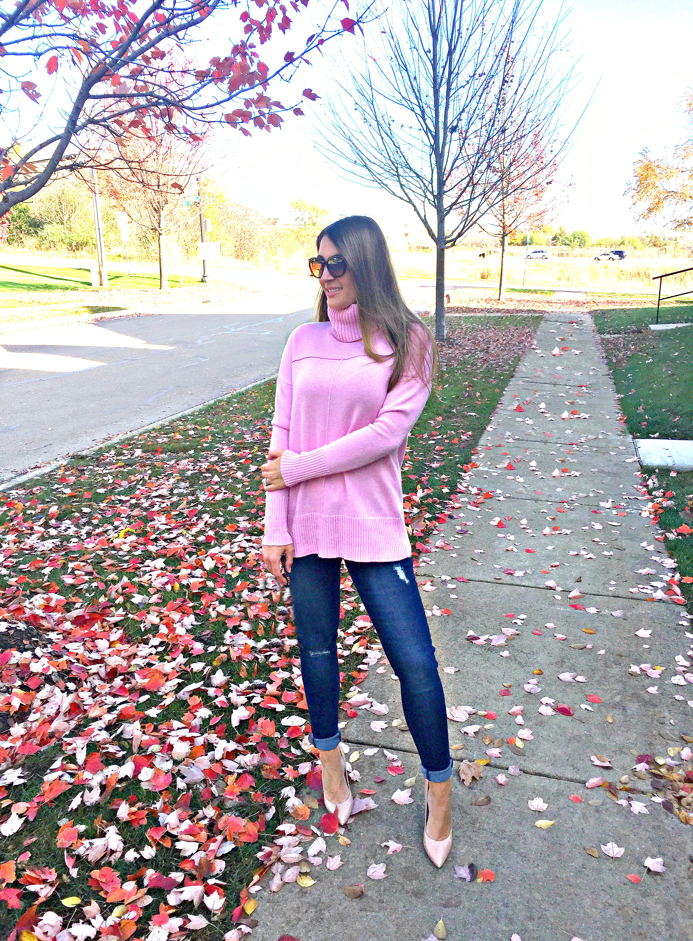 pink-sweater-for-edit